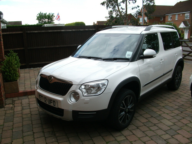led daytime bulbs skoda yeti forums. Black Bedroom Furniture Sets. Home Design Ideas