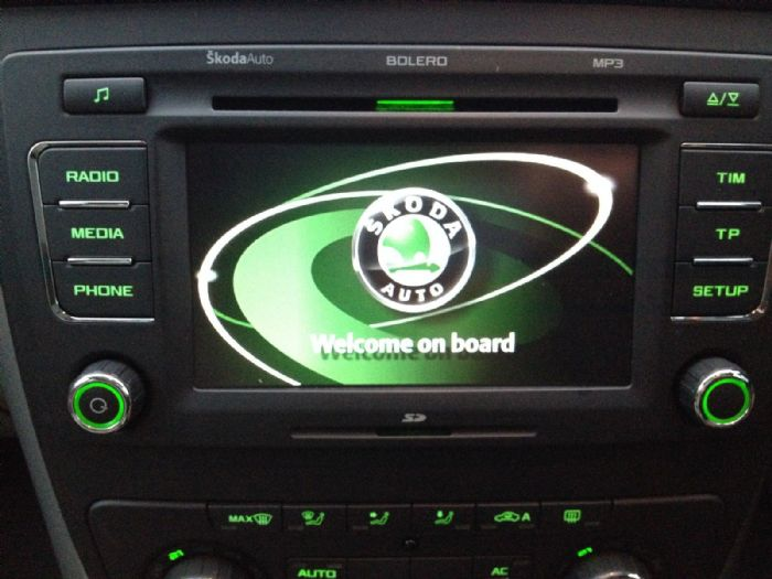 BOLERO 6 DISC CD PLAYER RADIO - Skoda Yeti Forums
