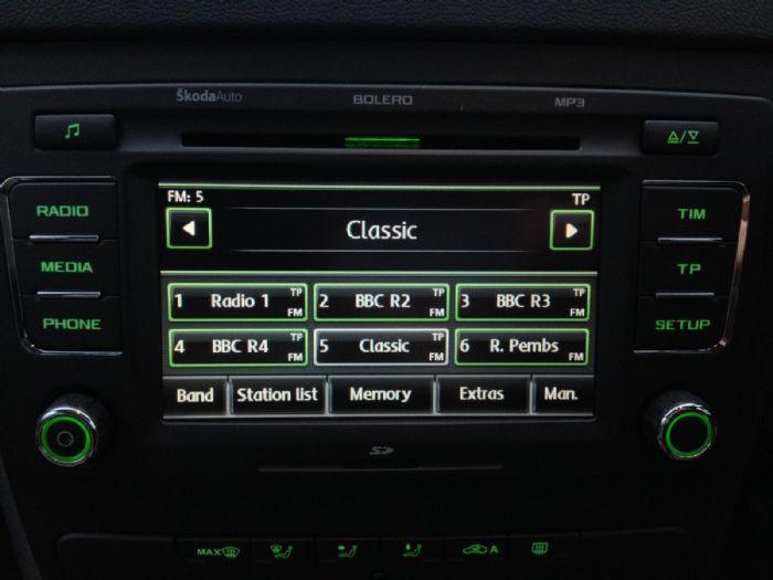 BOLERO 6 DISC CD PLAYER RADIO - Skoda Yeti Forums